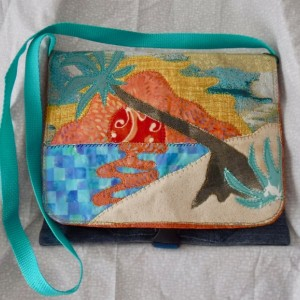 Summer Fun Shoulder bag, side bag with applique beach scene