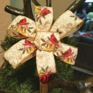 12 inch Christmas Holiday Gold Cardinal Wreath Hanger Hook