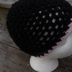 Women's Black Crochet Open Work Hat With Pink Trim