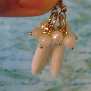 White Stone Rounds Teardrop Stone Gold Toned Dangle Drop Earrings