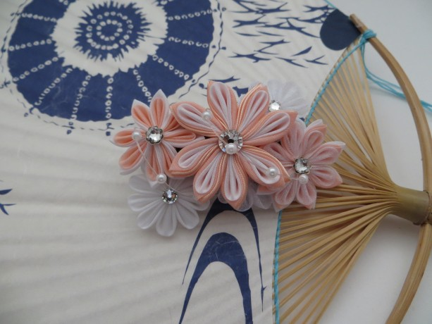 Peach Silk Kanzashi