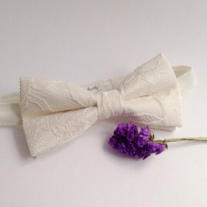 Ivory Bow Tie - Ivory Lace Bow Tie Wedding Bow Tie Groom Bow Tie Bridal bow Tie Bridal party Prom Groomsmen bow tie Baby Bow Tie - Baptism
