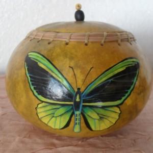 Butterfly Gourd Bowl w/Lid