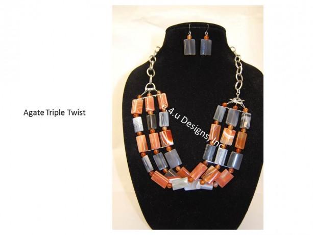 Agate Triple Twist