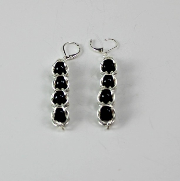 Capture Pearl Dangle Chainmaille Earrrings