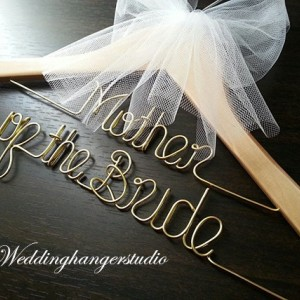 SET of 2 mother's hanger / Mother of Bride and Mother of Groom in 2 lines