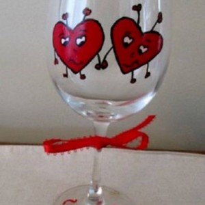 Hand Painted Wine Glass Hearts Love Bugs 12 oz.