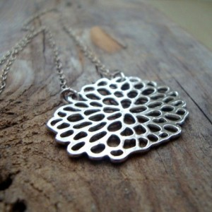 Silver Chrysanthemum Necklace