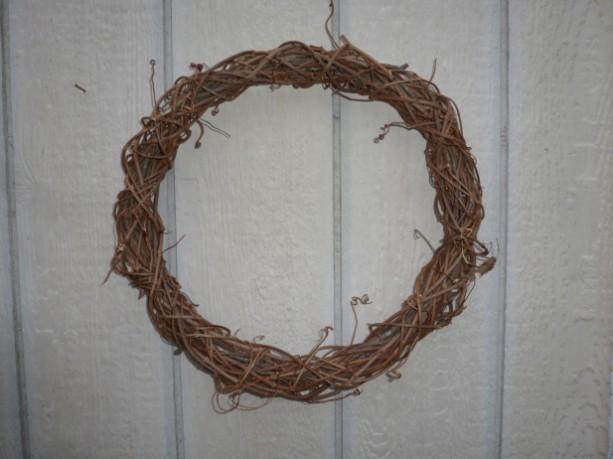BRAIDED grapevine wreaths