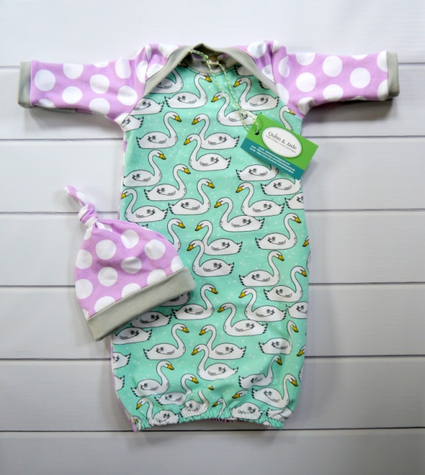 Newborn Baby Gown Set with Hand Covers and Beanie Hat | aftcra