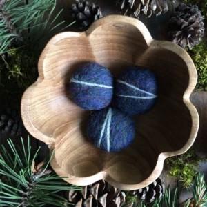 Felt stones, set of 3, Rainbow Opal Blue, blue wool pebbles, waldorf school toy, blue waldorf, winter home decor, blue cat toy,