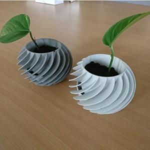 Modern Planter - Safe for Kids and Animals. White, black or gray. Spiral pattern.