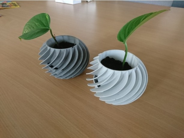 Modern Planter - Safe for Kids and Animals. White, black or gray. Spiral pattern.
