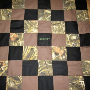 Brand New Handmade MOSSY OAK Camo Baby Quilt  (Embroidered Name Added Free)