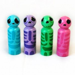 Halloween - Halloween Skeletons - Halloween gift - Halloween favor - Halloween peg dolls - Peg people - Halloween desk decor - Cute - Skull