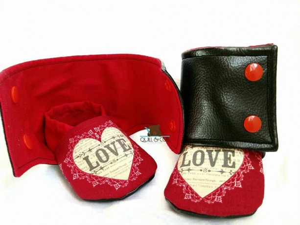Baby booties- Baby boots- Crib Shoes - Child slippers- Toddler shoes- Leather Baby Shoes- Infant boy shoes- infant girl shoes- 0-24months
