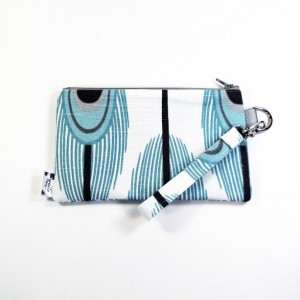 Medium Wristlet Zipper Pouch Clutch - Aqua Peacock