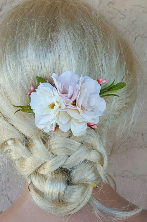 Floral Hair Clip, Light Ivory, Light Peach, Light Pink, Ivory Flowers, Greens, Bridal Hair Comb, Wedding Comb, Flower Hair Comb, weddings