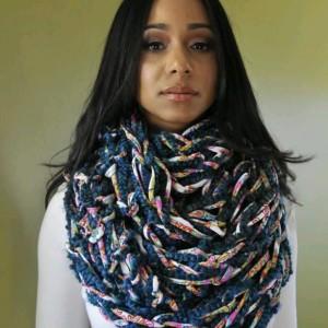 Multi Blue Combo / MultiColor / Arm Knit / Handmade / Infinity / Hood  /  Loop /  Scarf