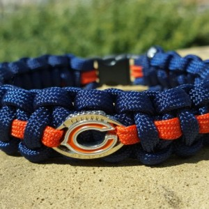 Chicago Bears Paracord Bracelet NFL Officially Licensed Charm