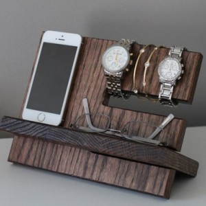 Personalized Oak Wood Valet iPhone Galaxy Charging Stand Nightstand Dock Graduation