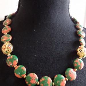 muti- strand  Red and Green Spotted Mosaic Necklace