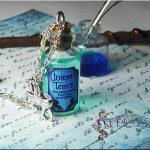 Unicorn Tears Harry Potter Potion Necklace 35mm