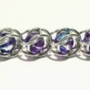 Purple bead bracelet chainmaille with star toggle