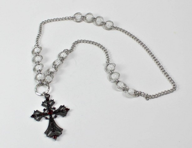 Clear Crackled Beaded Spiral and Cross Chainmaille Necklace