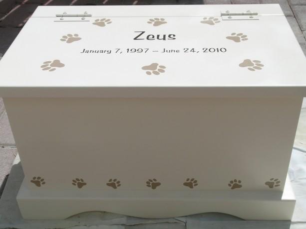 Pet Bereavement Keepsake Chest Memory Box