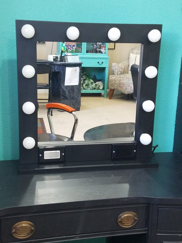 BLACK 24 x 24 Glamour make up/ stylist mirror with outlet, touch dimmer and Usb option