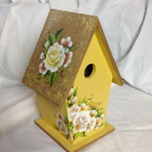 Wood birdhouse one stroke flowers