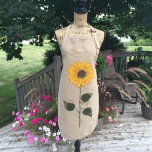 Sunflower apron for women, khaki apron with pockets, baking gifts, rustic wedding gift, bridal shower gift , fall apron ,mothers day gift