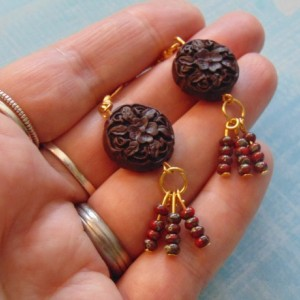 Floral Carved Round Dark Brown Wood Beads Red Gray Czech Seed Beads Golden Drop Dangle Tassel Earrings