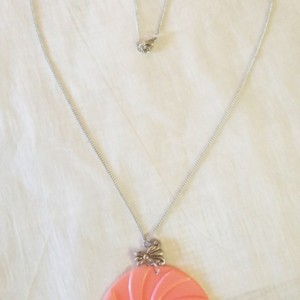 Peppermint Bow Necklace