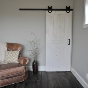 Rustic Horseshoe Sliding Barn Door Hardware