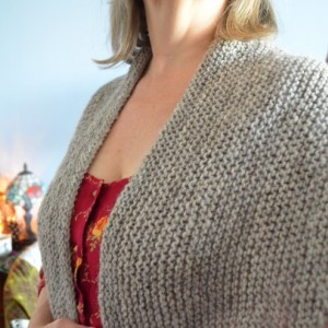 Tasha Tudor Style Han knit Kindred Spirit  Vermont Wool Handknit  Shawl