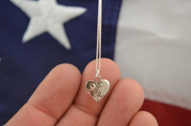 75th Ranger DUI Heart Pendant