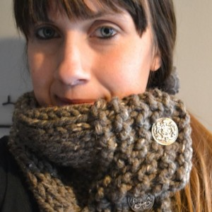 Chunky Button Cowl