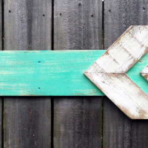 Handcrafted Distressed Reclaimed Wooden Rustic Beach Arrow