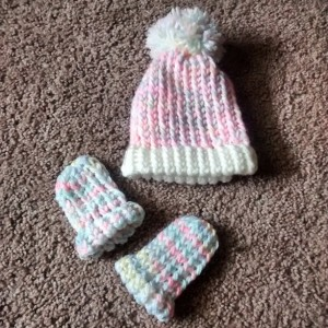 Loom knit baby cocoon, loom knit baby hat, and loom knit baby hand mittens