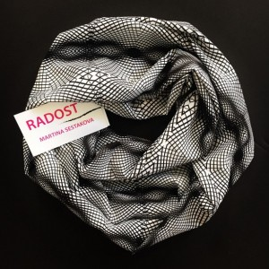 RADOST Scarf: Ceiling (Black-and-White)