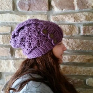 Slouchy Hat with buttons