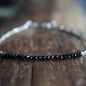 Hill Tribe Silver and black spinel bracelet - Tiny bracelet - Delicate bracelet - Minimalist bracelet - Ready to ship - 7 inches