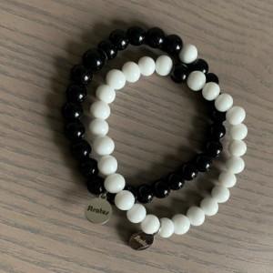 2 Men's stretch black & white glass beaded bracelet 7-8mm