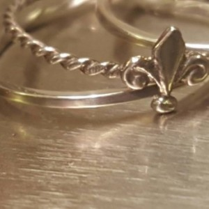 Fleur-de-lis miniature stacking rings /Sterling silver set of 3 Fleur de lis