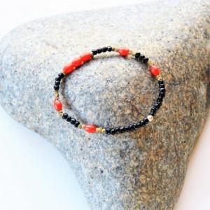Stretch bracelet, Red and black bracelet, Mens beaded bracelet, Bracelet, Trade bead bracelet, Red mens bracelet