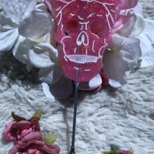 Girl Skull with Bow Holder Clip