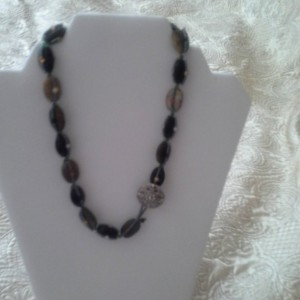 Onyx, Mixed Agate Gemstone Necklace - Unisex