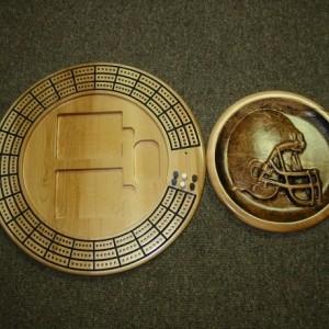 Helmet 3 track round cribbage board with storage